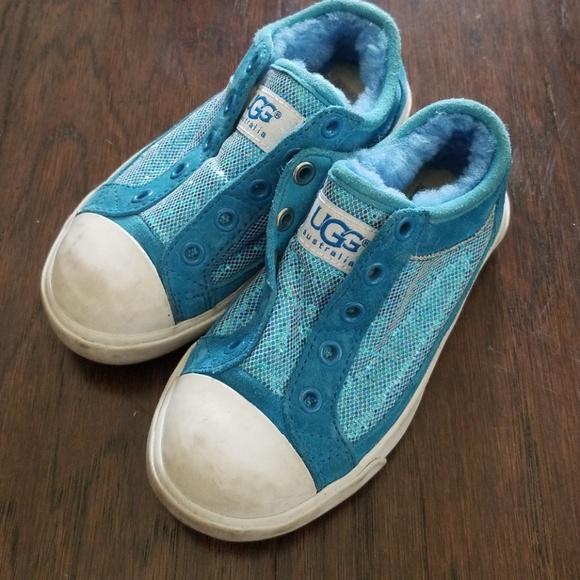 b9e3966c57b Girls ugg sneakers
